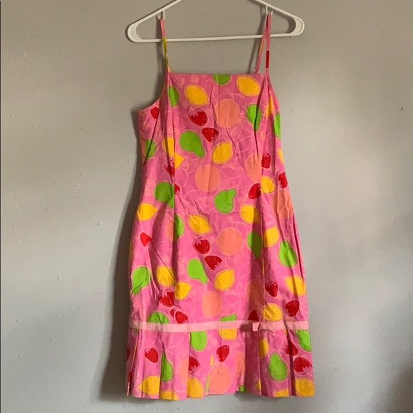 Lilly Pulitzer Dresses & Skirts - VINTAGE Lilly Pulitzer Pink Fruit Dress - Size 6